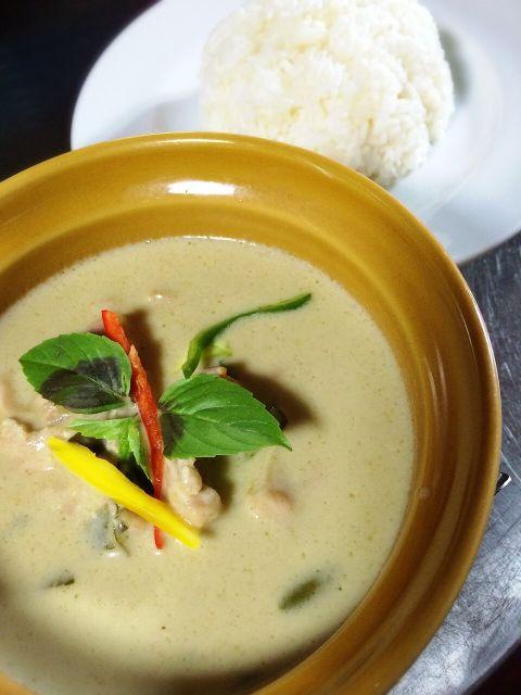 タイ料理ドゥワンチャン 糸島豚のココナツグリーンカレー