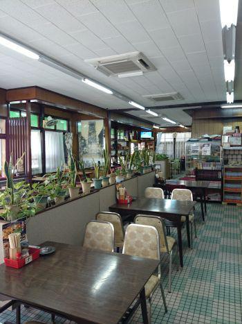 角屋食堂 糸島 内観