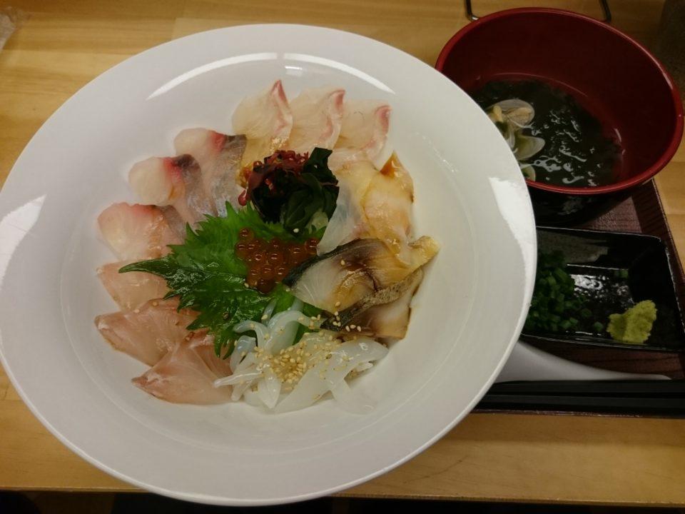 愛島Kitchen 海鮮丼