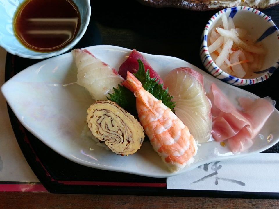 魚庄 ランチ 寿司