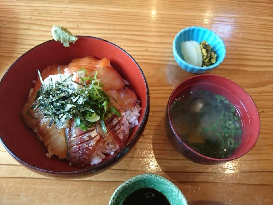 銀の里 海鮮丼