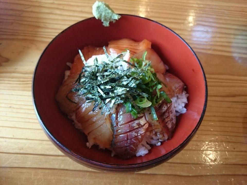 銀の里 海鮮丼2