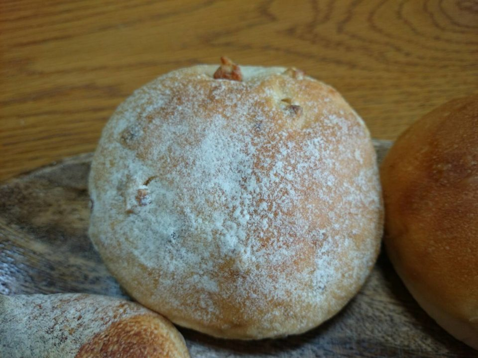 ヒッポー製パン所 くるみパン