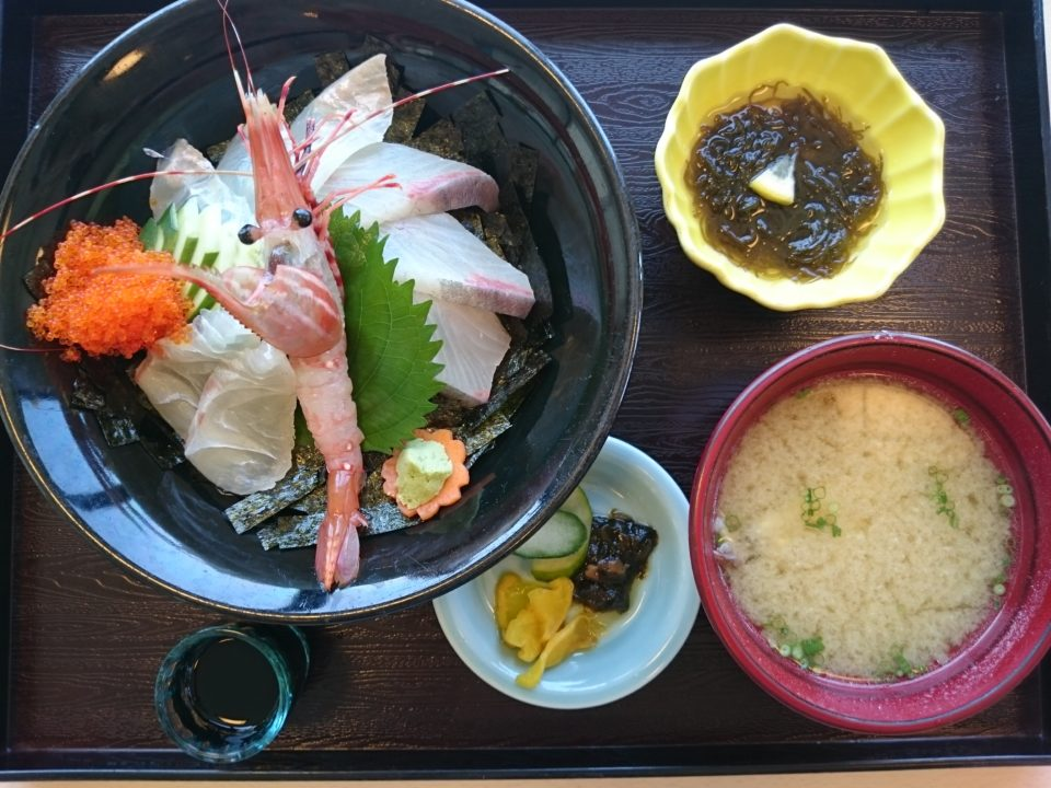 磯の屋 海鮮丼
