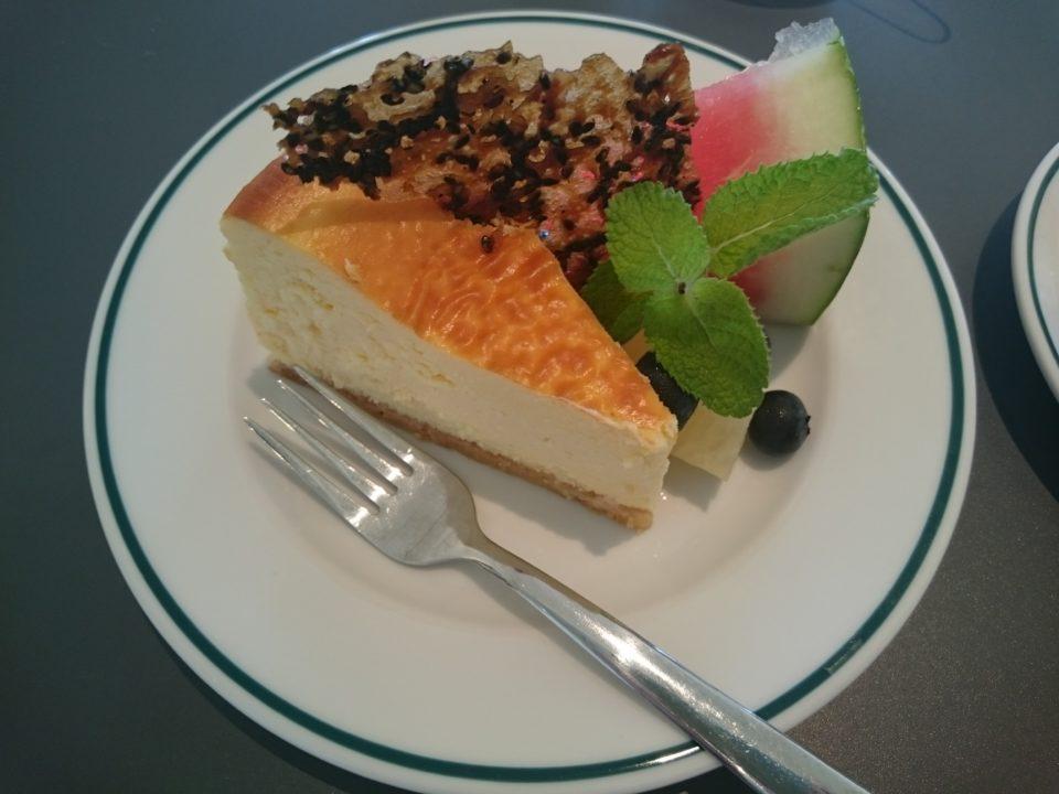 スリービーハウス チーズケーキ