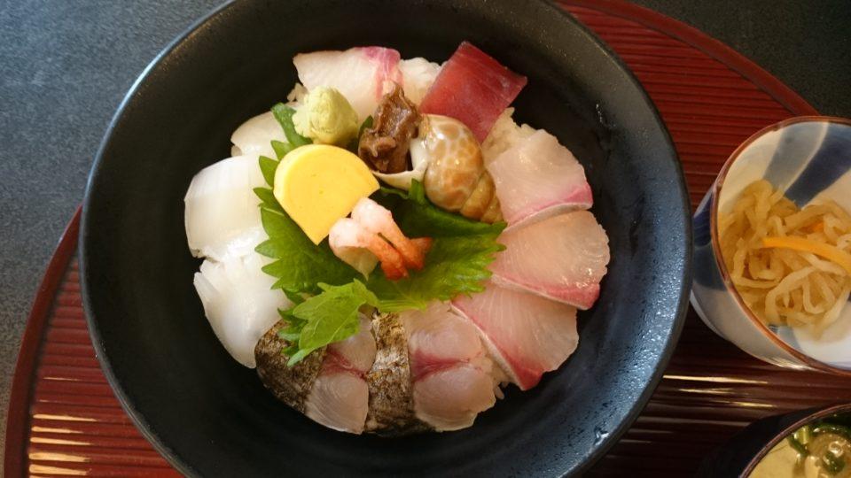 海鮮丼 まむしの湯