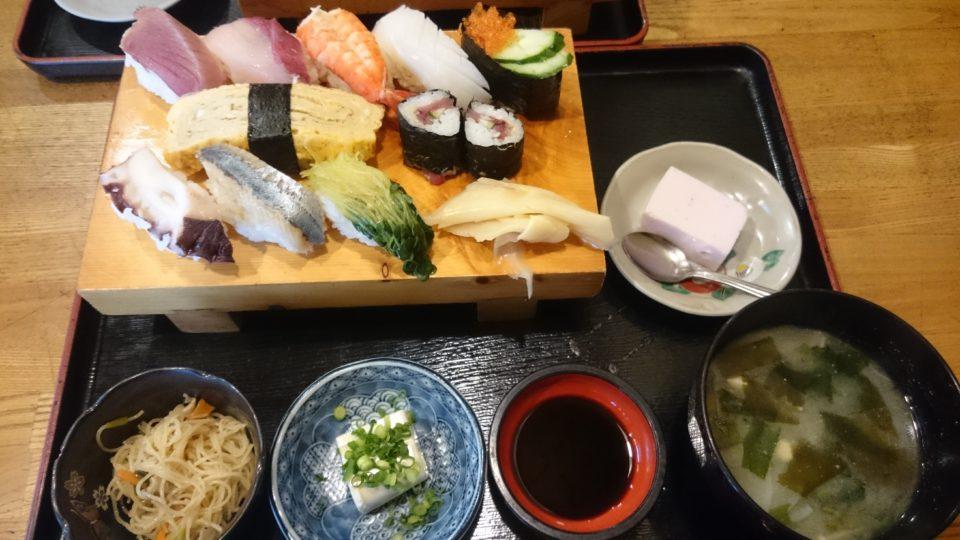 信国鮨 寿司定食