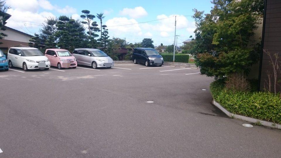 あじ豊 うどん 駐車場