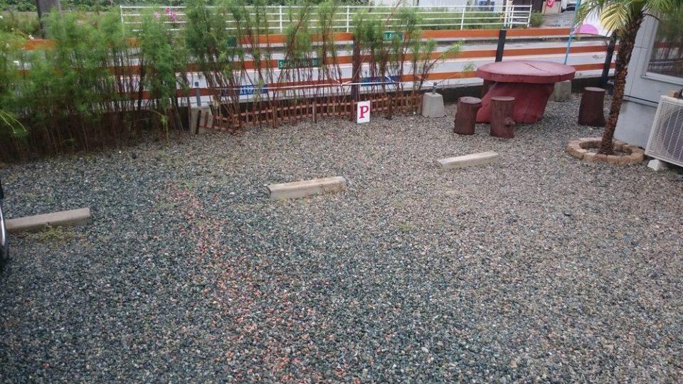 チャンプカフェ糸島 駐車場