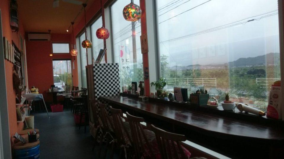 チャンプカフェ糸島 店内