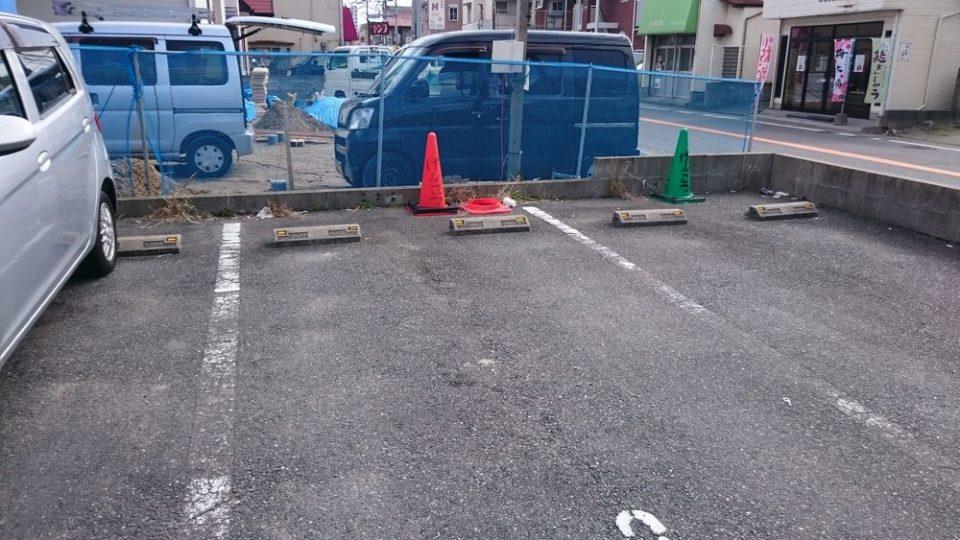 博多ラーメンげんこつ 駐車場 店の横