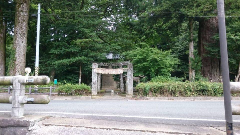 雷神社 入口