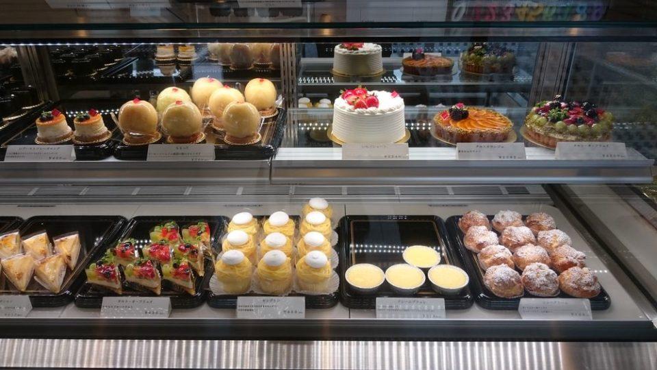 モンブラン福岡 店内ケーキ