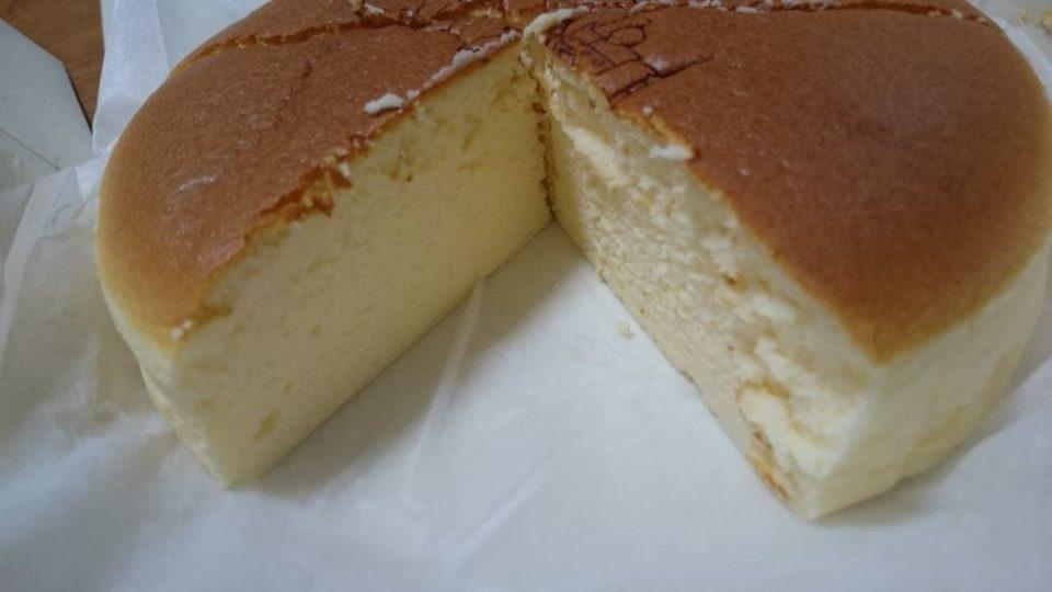 てつおじさんのチーズケーキ 断面