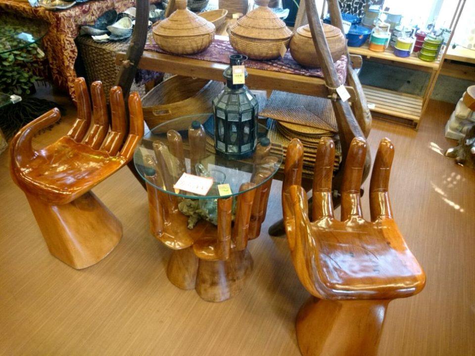 バリタイ 手の椅子