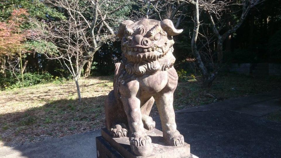 鎮懐石八幡宮 狛犬