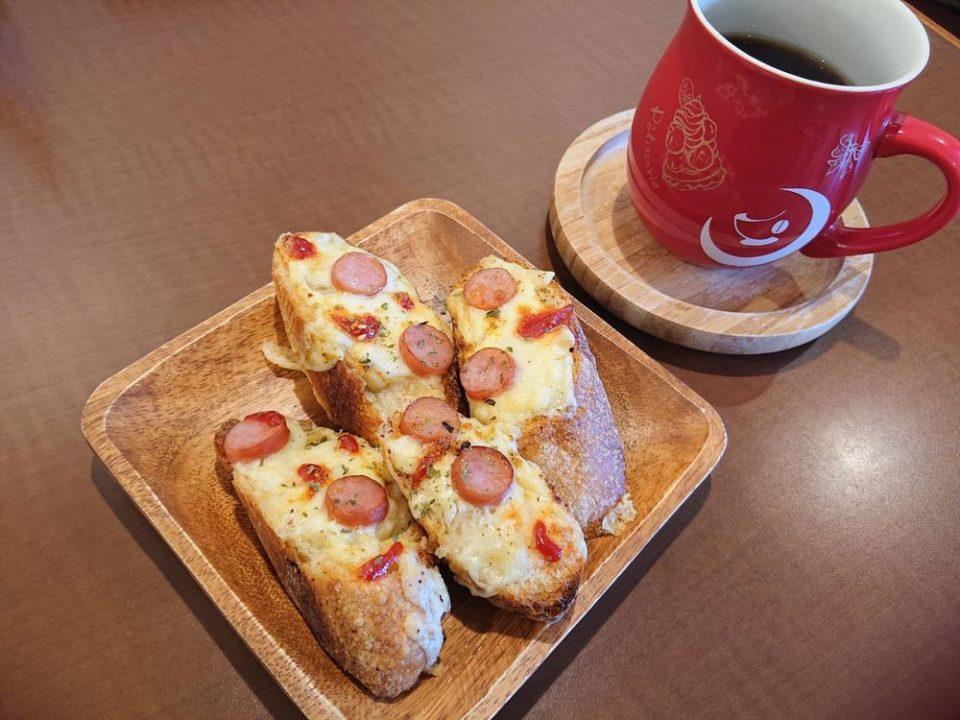 ジョルコアコーヒー 今宿 コーヒーとデコレートピザ