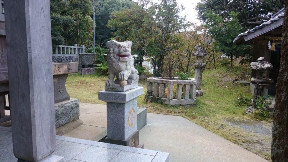 加布里天満宮 拝殿の狛犬