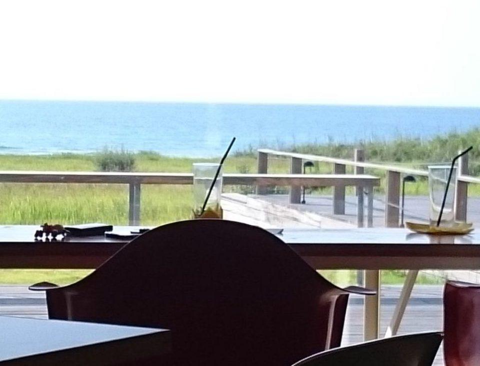 糸島の海が店内から見えるランチ