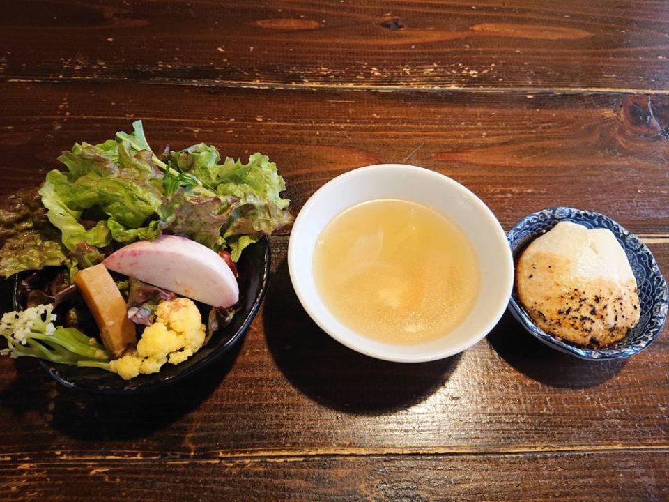 あこめの浜 姪浜 野菜スープ サラダ 豆腐