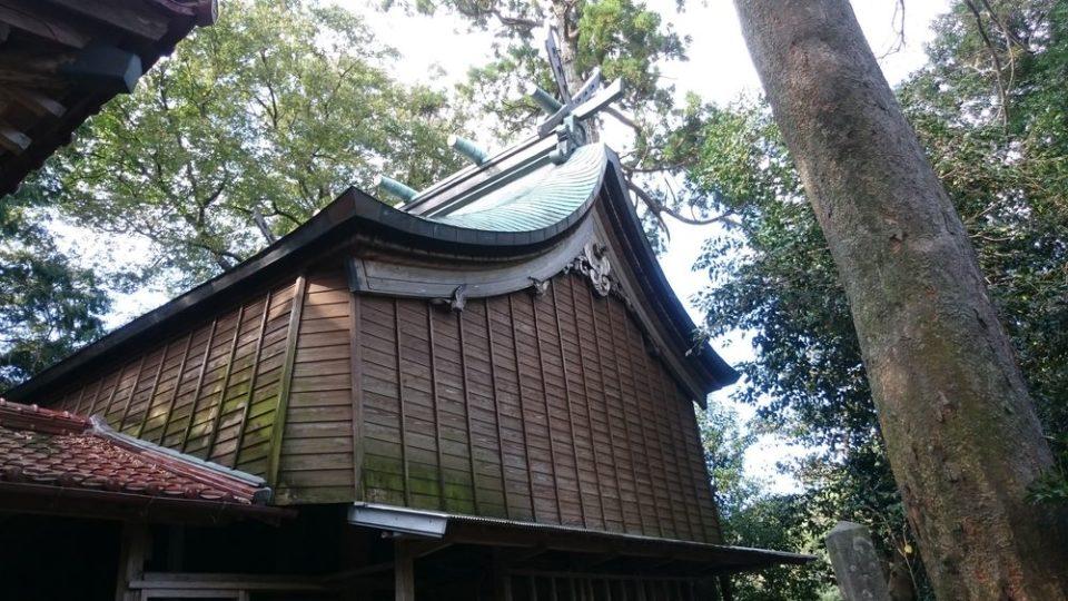 雉琴神社 神殿