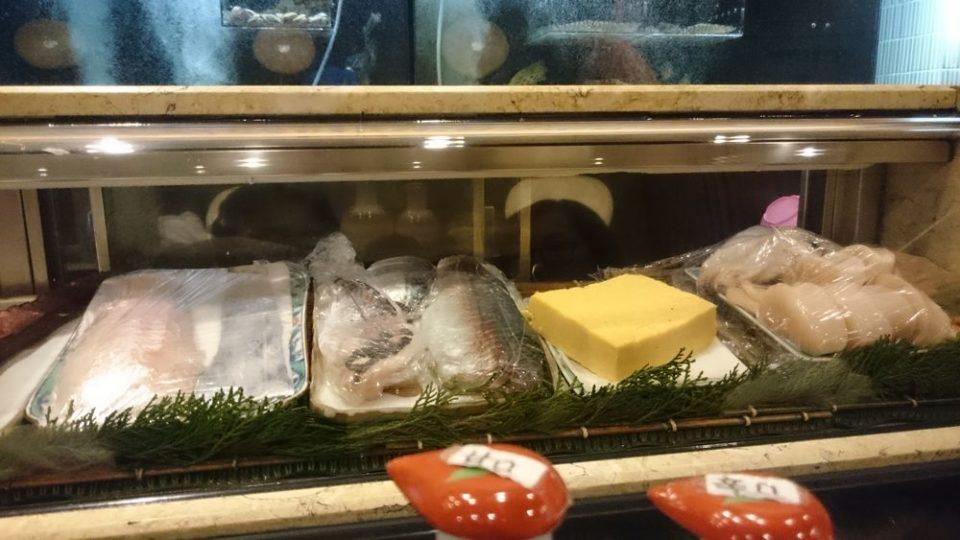 寿司割烹たつき ネタケース