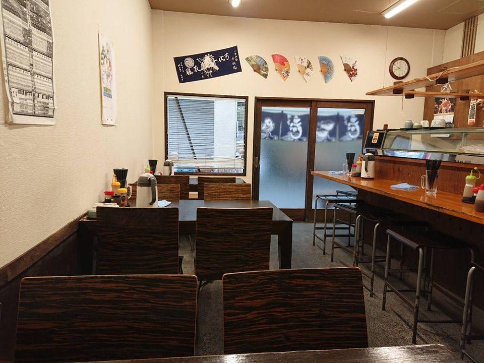 博多魚がし 西側食堂街店 店内