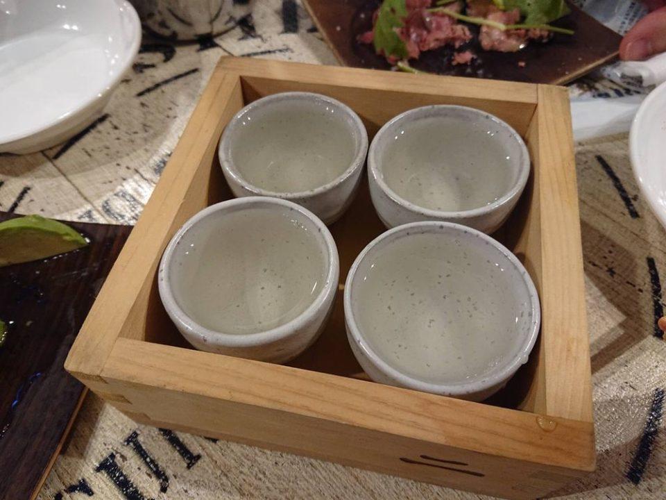 ニューコマツ 博多 日本酒の飲み比べ