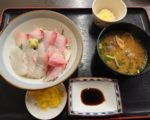 博多魚がし 西側食堂街店 海鮮丼